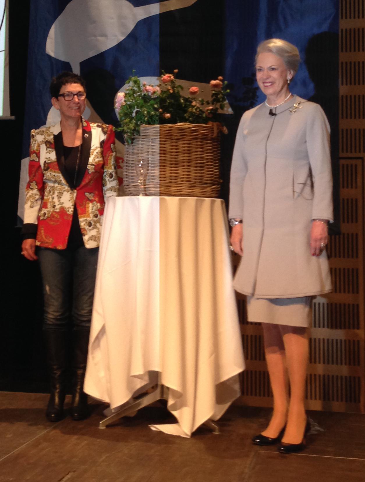 HKH Prinsesse Benedikte døber Inner Wheel Forever rose_2