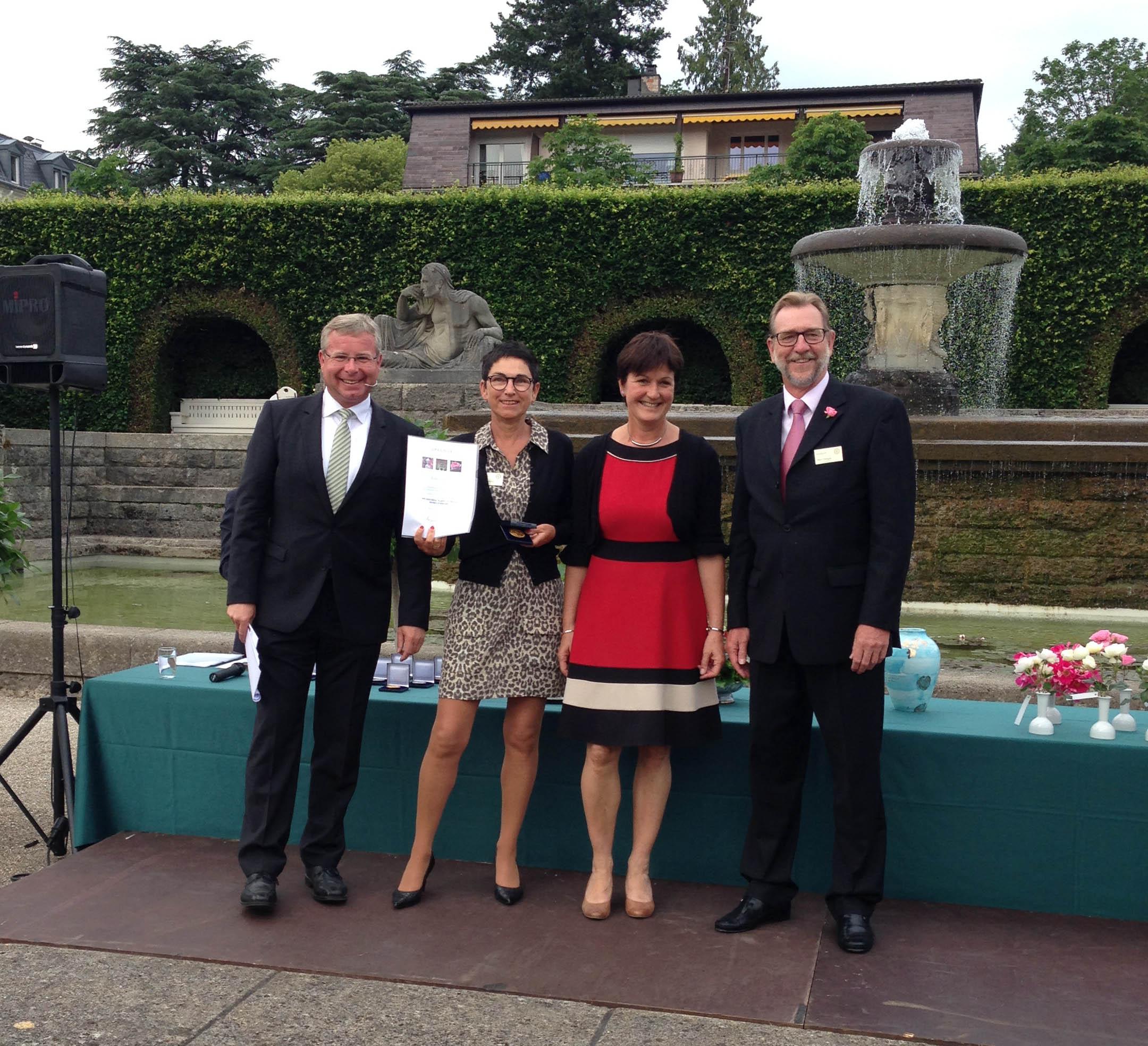 I am grateful_Gold in Baden-Baden